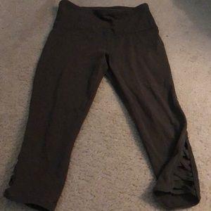 Army Green crop leggings